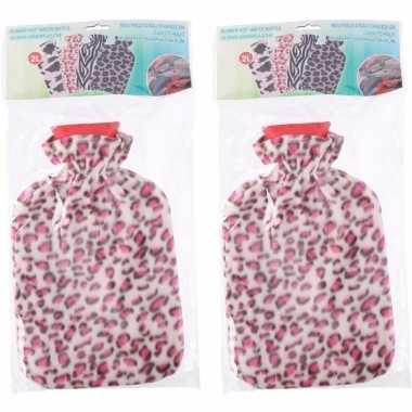 Rubberen 2x kruiken met luipaard print hoes roze 2 liter