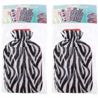 Rubberen 2x kruiken met zebra print hoes 2 liter