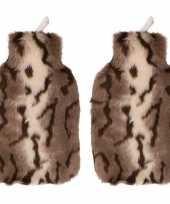 Rubberen 2x kruiken 2 liter met tijger hoes
